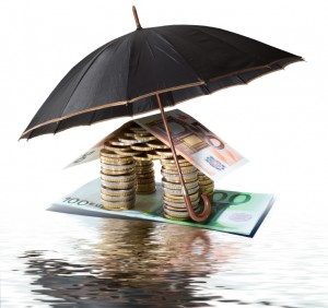 Choosing Between Actual Cash Value or Replacement Cost Insurance for Your Home
